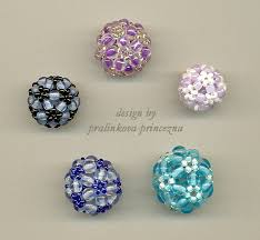 beaded balls 2 by pralinkova princezna on deviantart