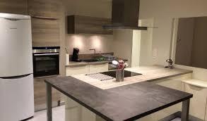 cuisine moderne avec ilot cuisine aménagée réalisations toulouse blagnac