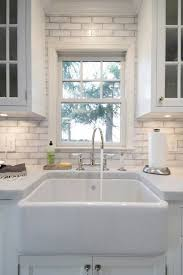 White Backsplash Kitchen by Best 25 Marble Countertops Ideas On Pinterest White Marble