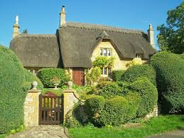 cotswolds cottage cotswold cottage with topiary luther cc by sa