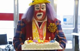 clown for birthday party nj 6 birthday clowns their strangest party stories fatherly