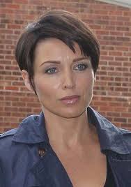 womens short hairstyles for over 40 short hairstyles for women over 40 with round faces get the