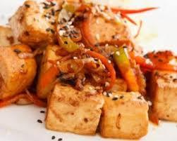 cuisiner tofu poele recette de salade d automne minceur carotte panais et tofu