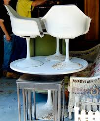 Arkana Tulip Chair My Vintage Burke Tulip Table And Chairs Out With The New In With