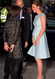 best maternity clothes kate middleton s best maternity clothes purewow