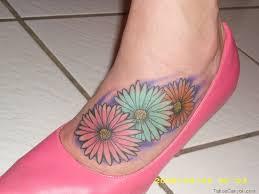 Flower Tattoo Designs On Feet - 60 awesome daisy foot tattoos