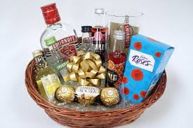 vodka gift baskets buy personalised vodka gift basket gift for 18th 21st 30th 40th