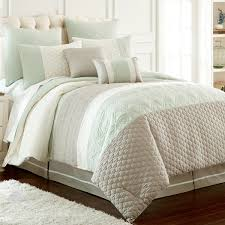 amraupur overseas palisades embroidered 8 comforter set