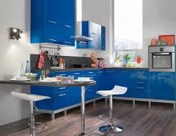 cuisine au feminin cuisine syrah bleu conforama déco choisir sa cuisine aménagée