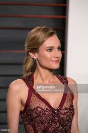 Vanity The 8th Wonder German Actress Diane Kruger Poses As She Arrives To The 2016