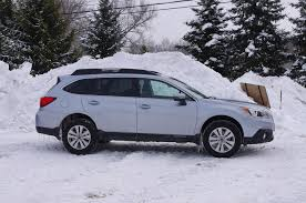 blue subaru outback 2017 ice silver in the snow seems more blueish subaru outback