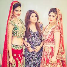 makeup artist school cost kriti ds bridal makeup artist pitura west delhi wedding mantra