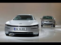volkswagen xl1 volkswagen xl1 to be the most fuel efficient car available