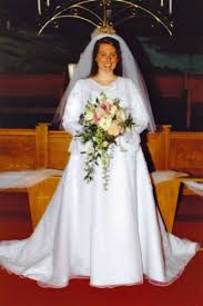 used wedding dresses buying a used wedding dress thriftyfun