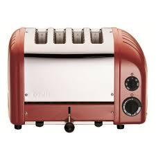 sur la table toaster dualit red four slice toaster sur la table