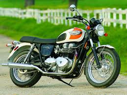 2005 triumph bonneville t100 road test rider magazine reviews