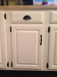 black handles on oak kitchen cabinets oak kitchen cabinets with black knobs page 1 line 17qq