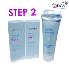 Bedak Wardah Step 2 step 2 wardah lightening series paket basic hemat kemasan 20ml