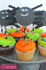 halloween cupcake ideas craftaholics anonymous easy halloween spider cupcake toppers