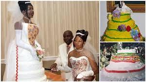 wedding cake disasters 15 comical wedding cake disasters