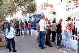 consolato colombiano consulado colombiano repleto de venezolanos el impulso
