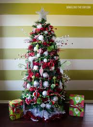 christmas no lights chrsitmas tree christmas decorating ideas