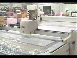 Commercial Fabric Cutting Table Textile Auto Cutting Machine Youtube