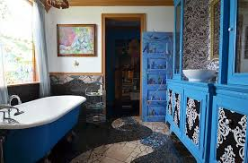 Eclectic Bathroom Ideas Eclectic Bathrooms With A Splash Of Delightful Blue