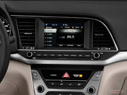 Hyundai Elentra Interior 2017 Hyundai Elantra Interior U S News U0026 World Report
