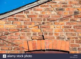 Ziegelhaus Schritt Knacken Mauerwerk Ein Ziegelhaus Verursacht Durch