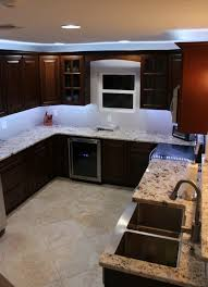 kitchen cabinet led lighting what s the best cabinet lighting