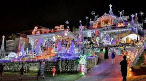 best price on christmas lights the best of brisbane s christmas lights for 2017 penfold property