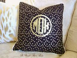 a stroll thru life how to design a special custom looking pillow
