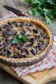 cuisiner cepe tarte aux chignons cèpes et bolets et huile d olive à la truffe