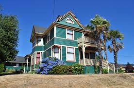 file cathlamet wa queen anne house with palm trees 04