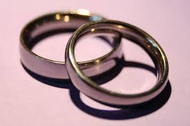 widow wedding ring 5 reasons i still wear my wedding ring the mighty widow