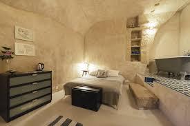chambre d hote troglodyte amboise troglodyte chez hélène chambre hote troglodyte kitchen