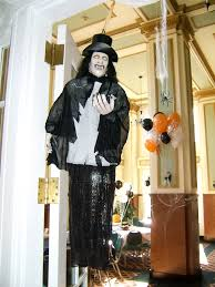Scary Halloween House Decorations Haunted House Decorations For Halloween The Latest Home Decor Ideas