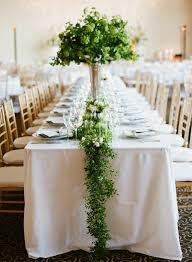 chemin de table mariage comment décorer le centre de table mariage 50 idées en photos et