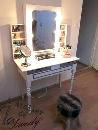 tabouret pour coiffeuse chambre tabouret pour coiffeuse chambre chambre de bonne translation