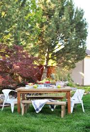 Outdoor Dining Table Plans Free by 55 Best Outdoor Dining Tutorials Images On Pinterest Outdoor