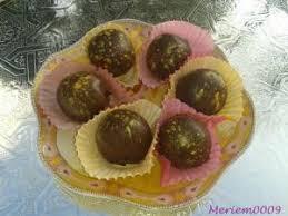 la cuisine de meriem bniwen ou truffes au halwa et biscuits par la cuisine de meriem