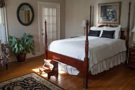 the grandview inn bed and breakfast master suite bed
