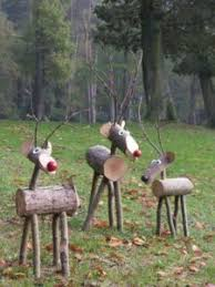 Outdoor Christmas Decorations Deer by 50 Cheap U0026 Easy Diy Outdoor Christmas Decorations Prudent Penny
