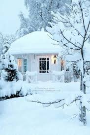 Winter House Tiny Snow Hut Tiny House Pins Nest Cabin Pinterest Tiny