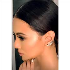 wearing ear cuffs sana khan seen wearing caratlane ear cuffs the caratlane edit