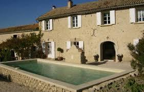 chambre d hote les goudes chambre d hôtes n 84g1422 à cucuron vaucluse