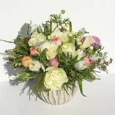 send flowers nyc pastel flower arrangement for same day flower delivery nyc 10019
