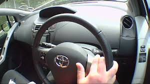 toyota yaris sr review toyota yaris 1 3 2011 review road test test drive