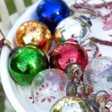stunning traditional glass baubles